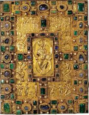 Codex Aureus Sankt Emmeram, Deckel