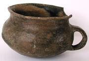 Aunjetitzer Tasse aus Baalberge Ba 552