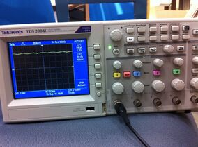 Testing with oscilloscope