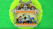 Crusher-shaped robot