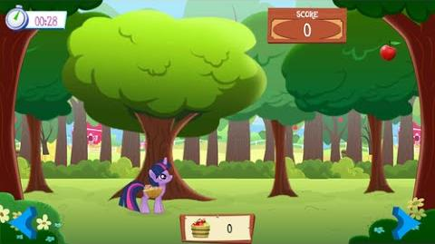 Twilight Sparkle in Apple Picking, Apple catching Mini Game. My Little Pony. MLP FiM @Gameloft