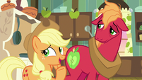 "Applejack ""that old mare's tale"" S9E10"