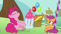 Pinkie woof-woofing S5E19