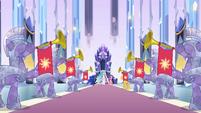 Princesses in a hall EG