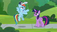 "Rainbow ""some ponies only want to cheer"" S9E15"