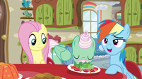 Rainbow Dash 'great to get a chance to relax someplace quiet.' S6E11