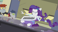 Rarity playing keytar EG2