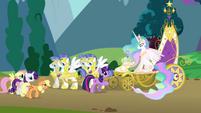 S01E10 Twilight z przyjaciółkami przy karecie księżniczki