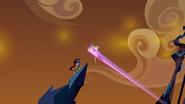 S03E02 Cadance przechwytuje Spike'a i Serce