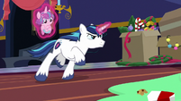 Shining Armor jumping into action MLPBGE