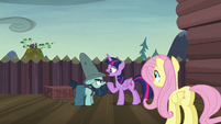 Twilight --what do you do when you're not fighting--- S5E23