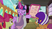 "Twilight Sparkle ""her mother and father sign it"" S8E6"
