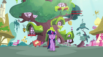 Twilight trotting happily S3E13
