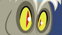 Discord's pupils turn into slits S5E22