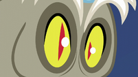 Discord's pupils turn into slits S5E22