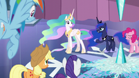 """Luna """"This far north, the weather has a will of its own"""" S6E2"""