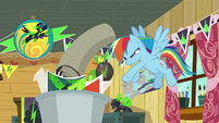 Rainbow tosses Washouts rug in the trash S8E20