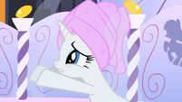 Rarity begging 4 S1E20