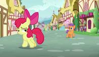 S06E04 Zrezygnowana Apple Bloom odchodzi od Tender Tapsa