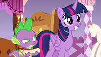 Spike looking at Twilight frustrated S6E22