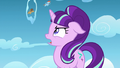 Starlight sees the race going on S5E26.png