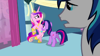Twilight faces Cadance S02E25