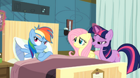 Twilight taking book with magic S2E16