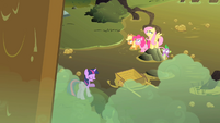 Behind you Twilight S1E15