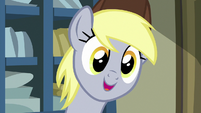 Derpy greeting Rarity MLPBGE