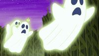 Glowing ghosts chasing the ponies S5E21