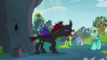 Pharynx hissing at another changeling S7E17.png