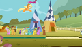 Ponies watch Applejack leap S1E13.png