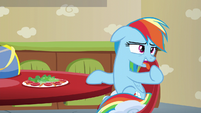 Rainbow Dash gagging S6E11