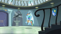 Rainbow stops in front of Wonderbolt statue S5E3