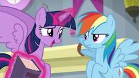 "Twilight Sparkle ""let me take a look"" S8E1"