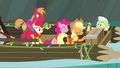 "Applejack ""in charge of everything"" S4E09.png"