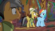Daring Do scolding Rainbow Dash S6E13