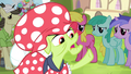 "Granny Smith ""ten times as high!"" S4E20.png"