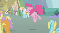 Pinkie Pie singing S1E3.png