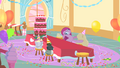 Pinkie Pie with derpy eyes S1E25.png