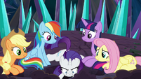 Rarity feverishly digging a hole S9E2