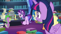 Starlight Glimmer reading Star Swirl's scrawlings S7E25