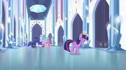 Twilight se afastando das princesas T4E25