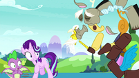 Discord pops into multiple pieces S8E15