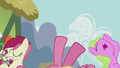 Flower ponies fainting S5E9.png