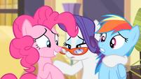 Pinkie nods her head S4E08