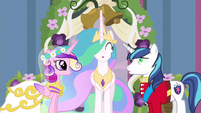 Princess Celestia being oblivious S02E26