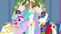 Princess Celestia being oblivious S02E26
