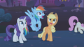 Rarity, RD, and Applejack frightened S1E06.png