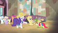 "Rarity ""make yourselves look just like that"" S4E13.png"